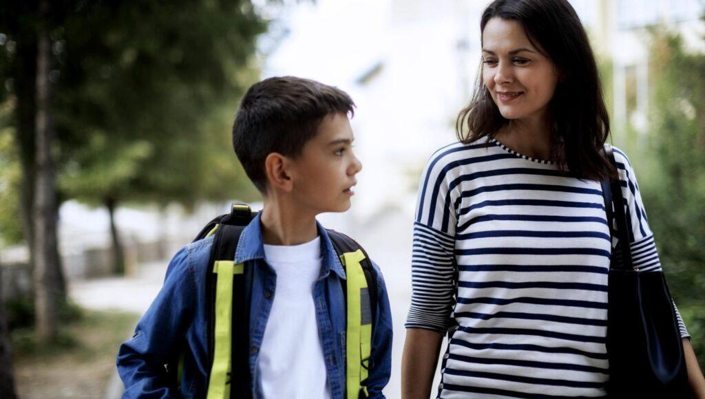 صحبت با نوجوانان و کودکان